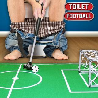 Treffer, versenkt: Toilettenfußball